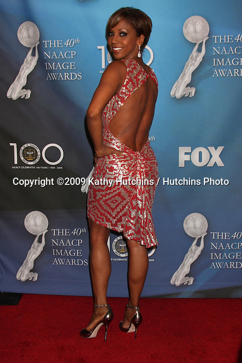 Holly Robinson Peete arriving  at the 40th Annual NAACP Image Awards  at the Shrine Auditorium in Los Angeles, CA on .February 12, 2009.©2009 Kathy Hutchins / Hutchins Photo..                .
