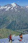 Glacier au dessus de la vallée de Saas Fee.
