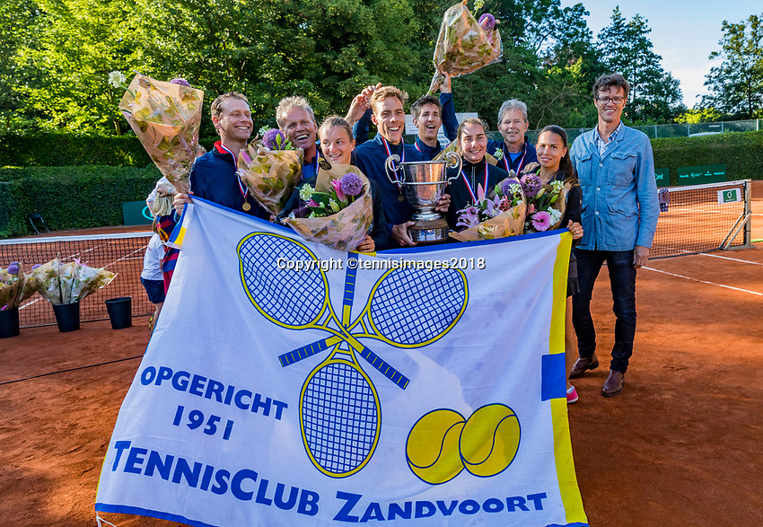 The Hague, Netherlands, 10 June, 2018, Tennis, Play-Offs Competition, Team Zandvoort champion<br /> Photo: Henk Koster/tennisimages.com