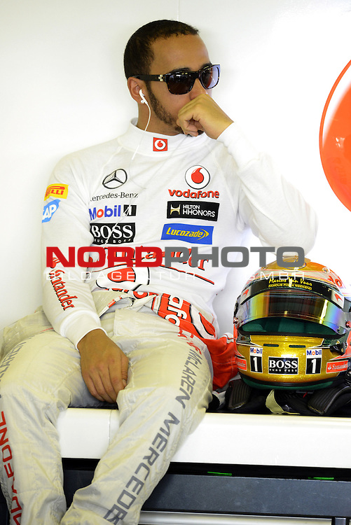 01.-04.11.2012, Yas-Marina-Circuit, Abu Dhabi, UAE, Grosser Preis von Abu Dhabi, im Bild Lewis Hamilton (GBR), McLaren F1 Team <br />  Foto &copy; nph / Mathis