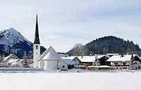 Germany, Bavaria, Upper Bavaria, Werdenfelser Land: village Graswang and Ammergauer Alps | DEU, Deutschland, Bayern, Oberbayern, Werdenfelser Land: Graswang mit Ammergauer Alpen