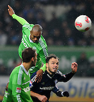 FUSSBALL   1. BUNDESLIGA    SAISON 2012/2013    15. Spieltag   VfL Wolfsburg - Hamburger SV                               02.12.2012 Naldo (li, VfL Wolfsburg) gegen Dennis Diekmeier (re, Hamburger SV)