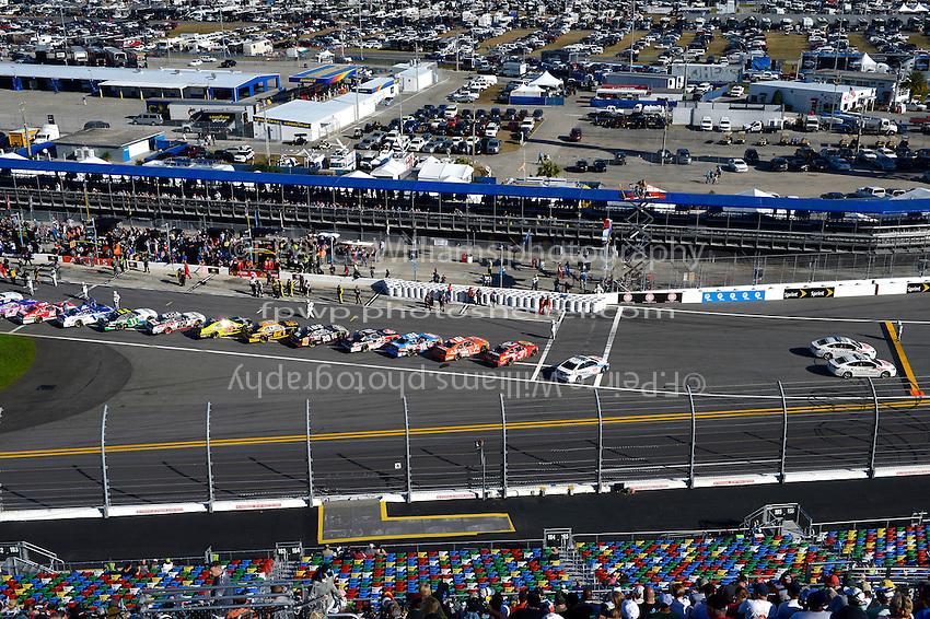 19-20 February, 2016, Daytona Beach, Florida USA<br /> The grid.<br /> &copy;2016, F. Peirce Williams