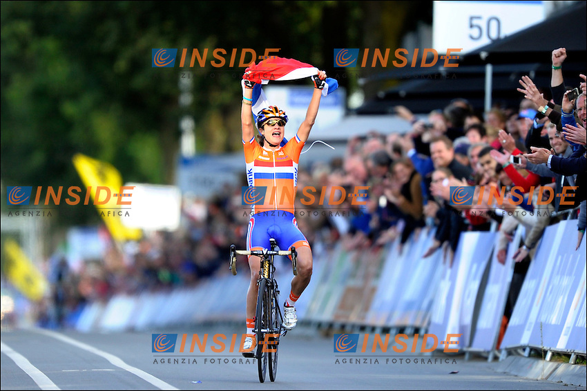 Marianne Vos (Pays Bas) Campionessa del Mondo.Valkenburg 22/10/2012.Campionati mondiali ciclismo Donne.Foto Photonews/Panoramic/Insidefoto .ITALY ONLY