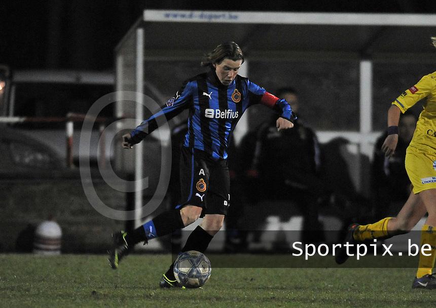 Club Brugge Dames - WB Sinaai Girls : Angelique De Wulf.foto DAVID CATRY / Vrouwenteam.be