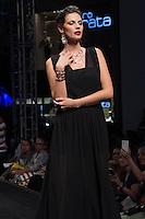 S&Atilde;O PAULO-SP-03.03.2015 - INVERNO 2015/MEGA FASHION WEEK -Rommanel/<br /> O Shopping Mega Polo Moda inicia a 18&deg; edi&ccedil;&atilde;o do Mega Fashion Week, (02,03 e 04 de Mar&ccedil;o) com as principais tend&ecirc;ncias do outono/inverno 2015.Com 1400 looks das 300 marcas presentes no shopping de atacado.Br&aacute;z-Regi&atilde;o central da cidade de S&atilde;o Paulo na manh&atilde; dessa segunda-feira,02.(Foto:Kevin David/Brazil Photo Press)