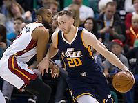 Dec 1, 2016; Salt Lake City, UT, USA; Miami Heat guard Wayne Ellington (2) defends against Utah Jazz forward Gordon Hayward (20) <br /> Foto Panoramic/Insidefoto ITALY ONLY