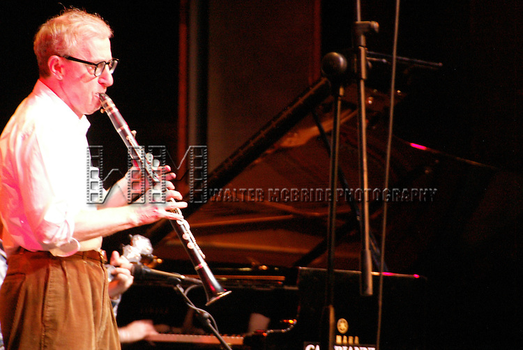 Woody Allen performing with his Band The New York Jazz Ensemble at the TEATRO SISTINA in  Rome, Italy..The Concert was an AIDS Benefit which raised over .50,000 euros..December 12, 2004.© Walter McBride /