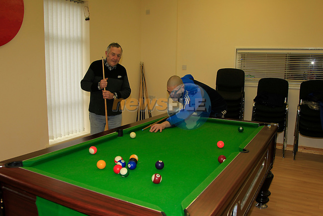 Philip Bradley and Richard Moore playing a game of pool at the Men's Shed on the Donore Road Drogheda on Friday 23rd January 2015.<br /> Picture:  Thos Caffrey / www.newsfile.ie