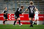 16.03.2019, Stadion Essen, Essen, GER, AFBL, SGS Essen vs TSG 1899 Hoffenheim, DFL REGULATIONS PROHIBIT ANY USE OF PHOTOGRAPHS AS IMAGE SEQUENCES AND/OR QUASI-VIDEO<br /> <br /> im Bild | picture shows:<br /> Tanja Pawollek (FFC Frankfurt #31) ermuntert ihr Team nach dem Anschlusstreffer, <br /> <br /> Foto &copy; nordphoto / Rauch