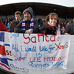 A young Rangers fan with her xmas request for Santa and Lee McCulloch