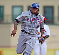 March 20, 2010:  Catcher Henry Blanco (4) of the New York Mets during a Spring Training game at Roger Dean Stadium in Jupiter, FL.  Photo By Mike Janes/Four Seam Images