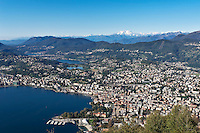 Switzerland, Ticino, view from Monte Bre across Lago Lugano and Lugano city | Schweiz, Tessin, Blick vom Monte Bre auf Lugano am Luganer See