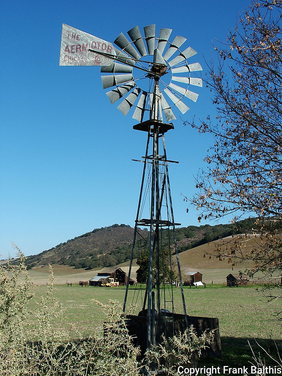 Salinas Valley, windmill