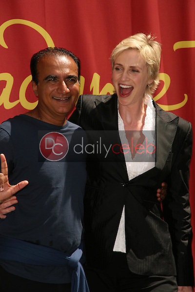 Iqbal Theba and Jane Lynch<br />