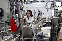 - Università di Milano Bicocca, laboratori di ricerca del Dipartimento di Scienze dei Materiali....- Milan Bicocca University , laboratories of search of the Department of Sciences of the Materials