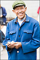 2006- Chine- Marché de Wanxian commerçant.