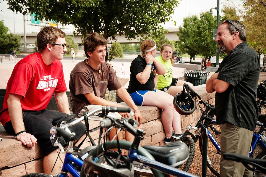 Freshman seminar community experience; John Hickey's seminar class
