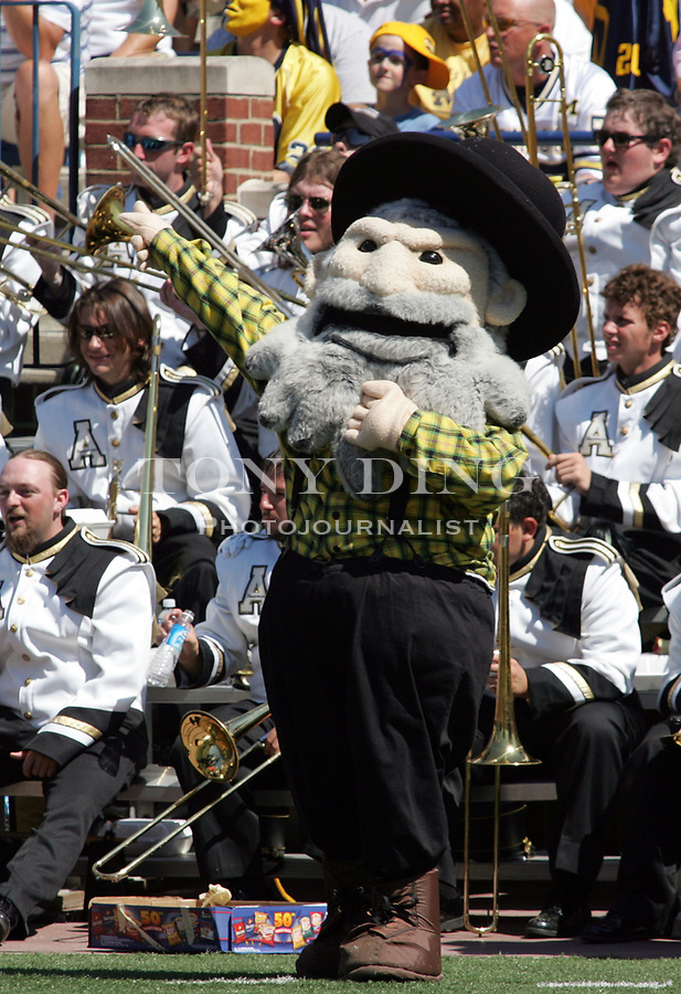 1 September 2007: The Mountaineer's mascot performs with its marching band during the 2007 season opener college football game between the Michigan Wolverines and Appalachian State Mountaineers at Michigan Stadium in Ann Arbor, MI. No. 5 ranked Michigan was upset 32-34.
