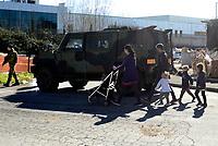 Esercito e polizia al campo Rom di Via Salviati