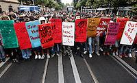 Manifestazione di studenti a Roma, 7 ottobre 2011..Students demonstrate in Rome, 7 october 2011..UPDATE IMAGES PRESS/Riccardo De Luca