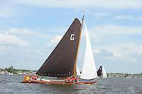 ZEILEN: SKS Skûtsjesilen 2014, Skûtsje Doarp Grou, schipper Douwe Azn. Visser, ©foto Martin de Jong