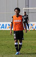 SAO PAULO, SP, 04 JUNHO DE 2013 - TREINO DO CORINTHIANS - Romarinho jogador do Corinthians durante treino na manha desta terca-feira, 04 no CT Joaquim Grava regiao leste da cidade de Sao Paulo. FOTO: VANESSA CARVALHO - BRAZIL PHOTO PRESS.