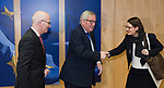 Brussels - Belgium, 04.02.2019 -- Jean-Claude JUNCKER (ce), President of the European Commission, receives Peter TSCHENTSCHER (le), First Mayor of Hamburg, and Dr Annette TABBARA (ri), State Councillor, Plenipotentiary to the Federal Government, the European Union and for Foreign Affairs -- Photo: © HorstWagner.eu