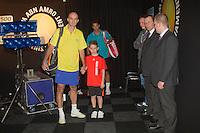 13-02-12, Netherlands,Tennis, Rotterdam, ABNAMRO WTT, Jesse Huta Galung en Ivan Ljubicic staan klaar met hun escortes om de baan te betreden