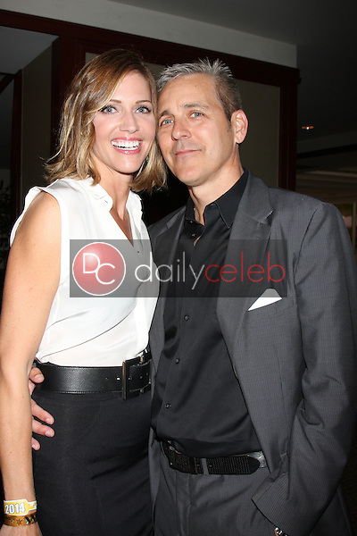 Tricia Helfer, Jonathan Marshall<br />