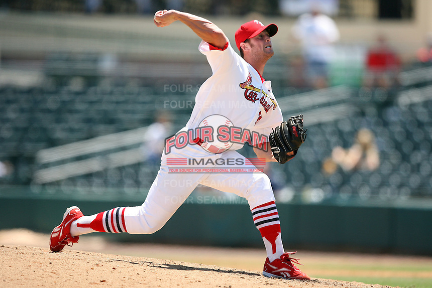 April 16, 2009:  Closer Adam Reifer (30) of the Palm Beach Cardinals, Florida State League Class-A affiliate of the St. Louis Cardinals, delivers a pitch during a game at Roger Dean Stadium in Jupiter, FL.  Photo by:  Mike Janes/Four Seam Images