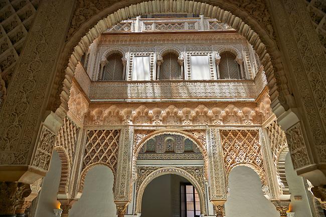 Arabesque Mudjar plasterwork of the 12th century Patio de las Muñecas (Courtyard of the Dolls), . Alcazar of Seville, Seville, Spain