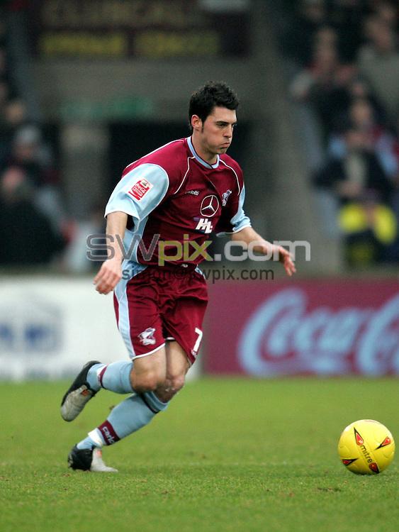 Pix: John Clifton/SWpix.com. Football... Scunthorpe v Bury. 15/01/2005...COPYRIGHT PICTURE>>SIMON WILKINSON>>01943 608782>>..Matthew Sparrow - Scunthorpe