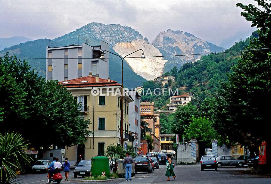 Cidade de Carrara na Toscana. Itália. 1998. Foto de Juca Martins.