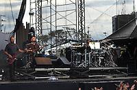 SÃO PAULO, SP, 25 DE JANEIRO DE 2012 - SHOW PARALAMAS - Show da banda Os Paralamas do Sucesso, no parque da Juventude, região norte da capital, na tarde desta quarta-feira. FOTO: ALEXANDRE MOREIRA - NEWS FREE.
