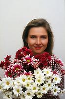 Ambiente.Environment.Ragazza con fiori.Girl with flowers....