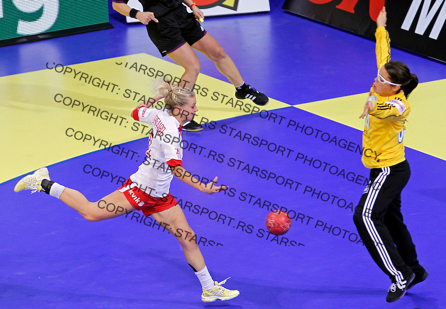 NIS, SERBIA 6/12/2012/ Ann Grete Norgaard scores goal during Women`s European Handball Championship EHF EURO 2012 match between Denmark and France in Cair arena in city of Nis in southern Serbia on  December 6, 2012 Credit: PEDJA MILOSAVLJEVIC/SIPA/