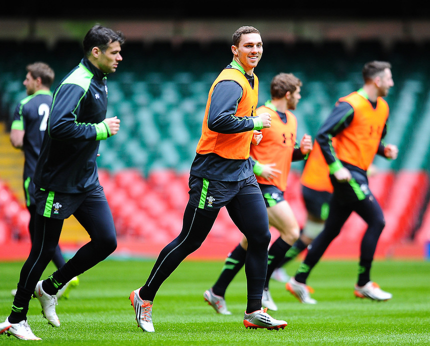 Wales&rsquo; George North leads out the run during wales training<br /> <br /> Photographer Craig Thomas/CameraSport<br /> <br /> Rugby Union - 6 nations - Wales squad training - Thursday 5th Feburary - The Vale Training Complex - Vale of Glamorgan<br /> <br /> &copy; CameraSport - 43 Linden Ave. Countesthorpe. Leicester. England. LE8 5PG - Tel: +44 (0) 116 277 4147 - admin@camerasport.com - www.camerasport.com