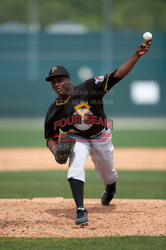 Pittsburgh Pirates Cristian Mota (76) during a minor league Spring Training intrasquad game on April 3, 2016 at Pirate City in Bradenton, Florida.  (Mike Janes/Four Seam Images)