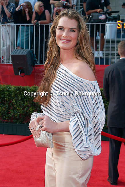Brooke Shields arriving at the 10th Annual ESPY Awards at the Kodak Theatre in Los Angeles. July 10, 2002.           -            ShieldsBrooke06.jpg