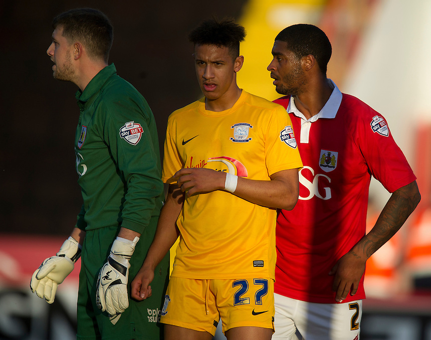 Preston North End's Callum Robinson closely marked by Bristol City's Mark Little and goalkeeper Frank Fielding getting ready for a corner<br /> <br /> Photographer Stephen White/CameraSport<br /> <br /> Football - The Football League Sky Bet League One - Bristol City v Preston North End - Saturday 22nd November 2014 - Ashton Gate - Bristol <br /> <br /> &copy; CameraSport - 43 Linden Ave. Countesthorpe. Leicester. England. LE8 5PG - Tel: +44 (0) 116 277 4147 - admin@camerasport.com - www.camerasport.com