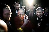 Wroclaw 09.12.2008 Poland<br /> His Holiness XIV Dalai Lama in front of synagogue.<br /> Continuing his tour of Poland, The Dalai Lama has visited discrit of the four temple in the south-western city of Wroclaw. At synagogue His Holiness has met with Wroclaw's head representatives of Judaism (left - rabbi Izaak Rapaport) and Catholicism (right - Edward Janiak). Tomorrow, the Dalai Lama will receive the honorary citizenship of Wroclaw, before going to Warsaw in the afternoon.<br /> Photo: Adam Lach / Napo Images<br /> <br /> Jego Swiatobliwosc XIV Dalajlama przed synagoga.<br /> Kontynuujac swoja podroz po Polsce Dalajlama odwiedzil dzielnice czterech swiatyn we Wroclawiu. Jego Swiatobliwosc spotkal sie z wroclawskimi przedstawicielami judaizmu (z lewej - rabin Izaak Rapaport) i katolicyzmu (z prawej - Edward Janiak). Nastepnego dnia Dalajlama zanim wybierze sie do Warszawy, otrzyma honorowe obywatelstwo Wroclawia.<br /> Fot. Adam Lach / Napo Images