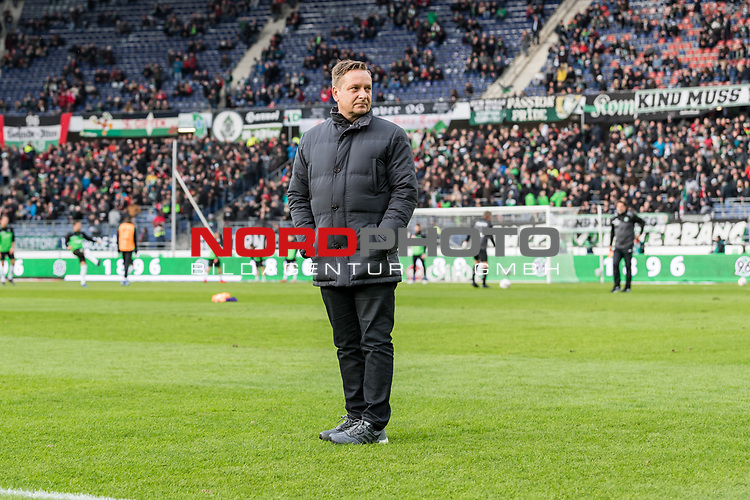 09.02.2019, HDI Arena, Hannover, GER, 1.FBL, Hannover 96 vs 1. FC Nuernberg<br /> <br /> DFL REGULATIONS PROHIBIT ANY USE OF PHOTOGRAPHS AS IMAGE SEQUENCES AND/OR QUASI-VIDEO.<br /> <br /> im Bild / picture shows<br /> Horst Heldt (Sportdirektor / Manager Sport Hannover 96), <br /> <br /> Foto © nordphoto / Ewert