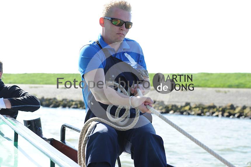ZEILEN: LEMMER: 10-05-2015, Skûtsjesilen trainig Gerben van Manen, ©foto Martin de Jong