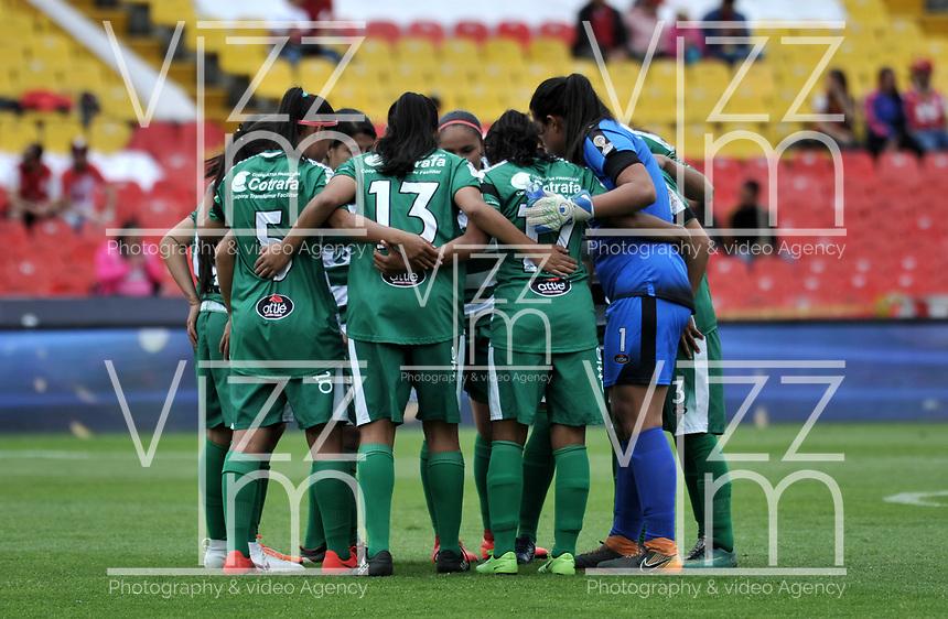 BOGOTÁ-COLOMBIA, 11–08-2019: Jugadoras de La Equidad, durante partido de la fecha 5 entre Independiente Santa Fe y La Equidad, por la Liga Águila Femenina, jugado en el estadio Nemesio Camacho El Campín de la ciudad de Bogotá. / Players of La Equidad, during a match of the 5th date between Independiente Santa Fe and La Equidad, for the 2019 Women's Aguila League played at the Nemesio Camacho El Campin Stadium in Bogota city, Photo: VizzorImage / Luis Ramírez / Staff.
