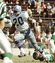 Dallas Cowboys Mel Renfro (20) during a game from his career against the Philadelphia Eagles. Mel Renfro played for 15 seasons all with Dallas Cowboys, was a 10-time Pro Bowler and was inducted into the Pro Football Hall of Fame in 1996.(SportPics)