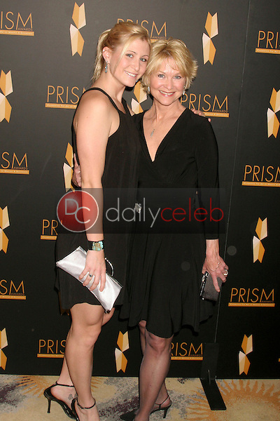 Dee Wallace and daughter Gabrielle<br />