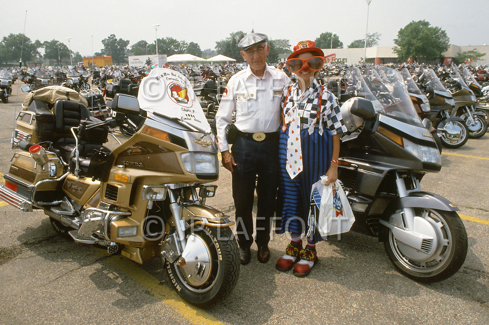 Madison, Wisconsin, from July 30th to August 3rd 1989. The Wing Ding Honda Convention: No so young but proud to own a Gold Wing Honda (made in USA) the most powerful motorcycle ever build, 1500cc, water cooled engine, with a rear gear.<br />