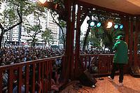 SAO PAULO, SP, 6 DE MAIO DE 2012- VIRADA CULTURAL- Fernandinho Beat Box apresentou-se no Coreto Republica como parte da oitava Virada Cultural. FOTO: GEORGINA GARCIA/BRAZIL PHOTO PRESS