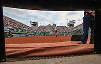 Paris, France, 22 June, 2016, Tennis, Roland Garros, A vieuw from the Pit at court Suzanne Lenglen.<br /> Photo: Henk Koster/tennisimages.com
